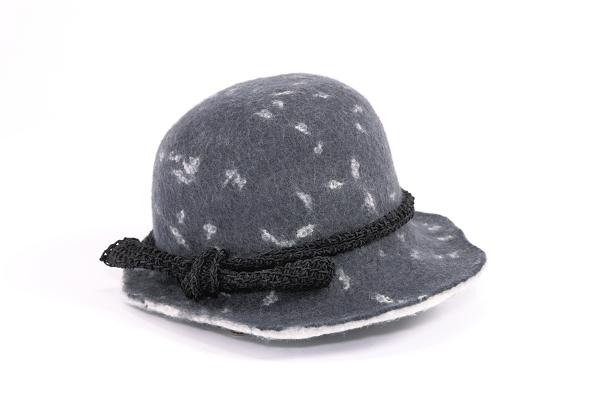 フェルト帽子